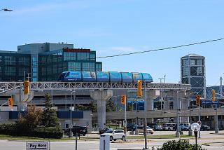Monorail linking the terminals 1 and 3 Toronto Pearson international airport