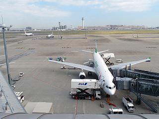 Летное поле аэропорта Токио Ханеда