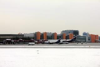 Терминал E аэропорта Москва Шереметьево со стороны перрона