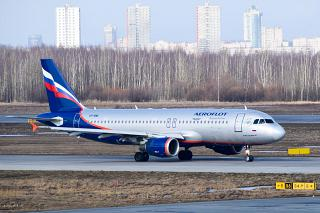 Airbus A320 VP-BME Аэрофлота в аэропорту Пулково