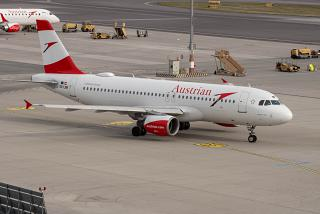 Airbus A320 OE-LBR Austrian airlines at the airport Vienna Schwechat