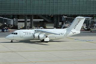 Самолет Avro RJ85 EI-RJH авиакомпании CityJet в аэропорту Париж Шарль-де-Голль