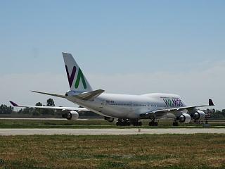 Боинг-747-400 EC-KSM авиакомпании Wamos Air в аэропорту Борисполь