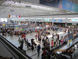 Зал выдачи багажа в терминале 2 аэропорта Анталья