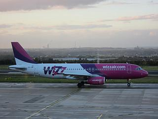 An Airbus A320 of Wizz Air at the airport of Dortmund