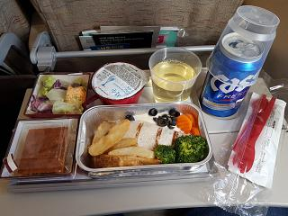 Бортпитание на рейсе Южно-Сахалинск-Сеул авиакомпании Asiana Airlines