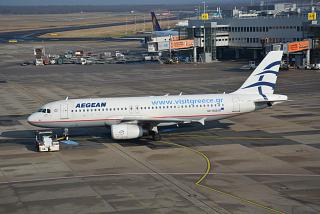 Airbus A320 SX-DGD Aegean airlines Dusseldorf airport