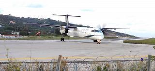 Авиалайнер Bombardier Dash 8Q-400 авиакомпании Olympic в аэропорту Скиатос