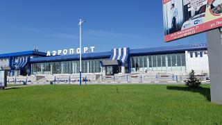 Терминал внутренних авиалиний аэропорта Благовещенск Игнатьево