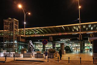 The entrance to the terminal T1 of Madrid-Barajas airport