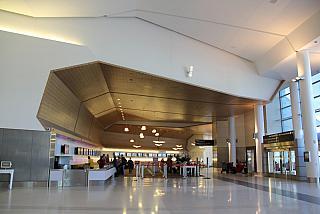 Стойки регистрации авиакомпании Virgin America в терминале 2 аэропорта Сан-Франциско