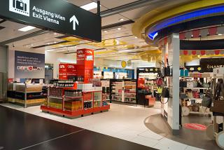 Магазин Duty Free в терминале 3 аэропорта Вена Швехат