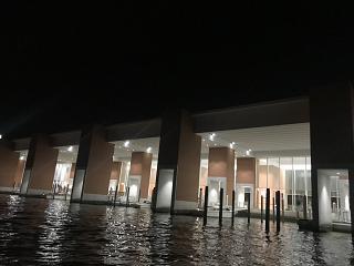 Станция водных автобусов в аэропорту Венеции