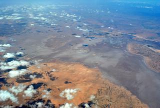 Солёное озеро Шотт-Шерги в Алжире