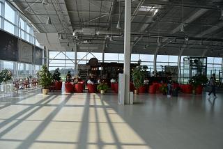 В чистой зоне аэропорта Львов Данила Галицкий
