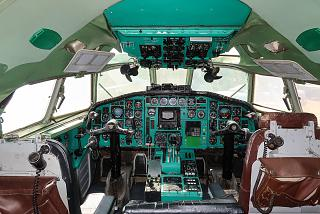 The cockpit in Tu-154B-2 aircraft