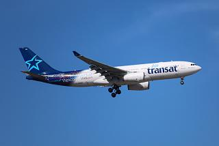 Airbus A330-200 C-GTSI канадской авиакомпании Air Transat
