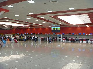 Area check-in terminal 3 of airport Havana, Jose Marti