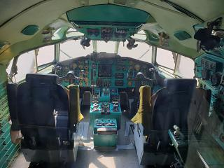Cockpit in the Tupolev Tu-154B-2 airplane