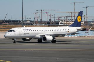 Embraer 190 D-AECF of the airline Lufthansa CityLine at Frankfurt airport