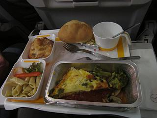 Food on the flight from Moscow to Frankfurt of Lufthansa
