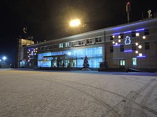 The terminal of the airport of Yuzhno-Sakhalinsk in Christmas decorations