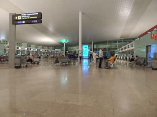 Hall check-in for flights at terminal 1 of Barcelona airport