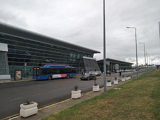 Пассажирский терминал аэропорта Тбилиси имени Шота Руставели