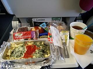 Flight meals on the flight Rio de Janeiro-Frankfurt with the airline Condor