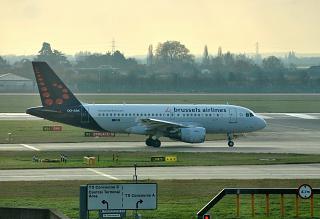 Airbus A319 OO-SSK авиакомпании Brussels Airlines в аэропорту Лондон Хитроу