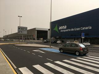 Views of the passenger terminal of Gran Canaria airport from the forecourt
