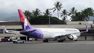 Боинг-767-300 Гавайских авиалиний в аэропорту Гонолулу