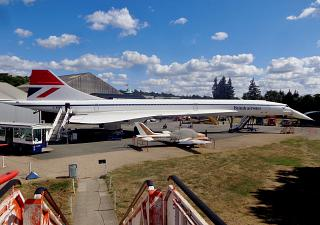 Самолет Concorde G-BBDG Британских авиалиний в музее Brooklands Museum