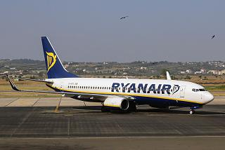 A Boeing-737-800 Ryanair at the airport of Thessaloniki