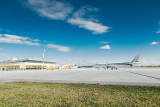 Перрон аэропорта Тобольск Ремезов