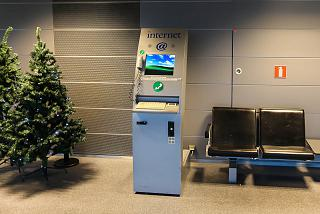 Kiosk Internet access at Helsinki airport