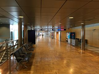 The transition to a clean area of the Helsinki Vantaa airport