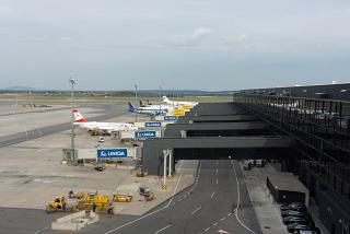 Новый пирс терминала 3 в аэропорту Вена Швехат