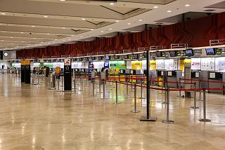 The reception area in the terminal T2 of Barajas airport