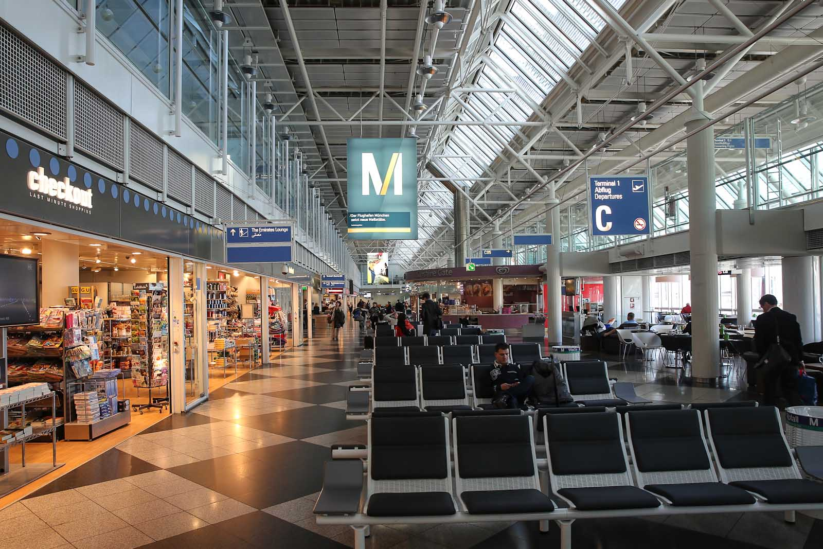 Транзитный аэропорт в Мюнхене фото