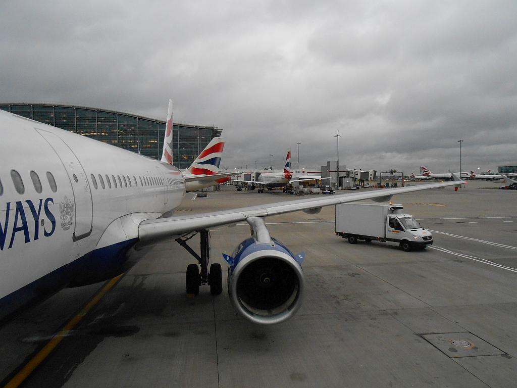Полет в Лондон с OneWorld. Часть 3 - Лондон - Берлин с British Airways