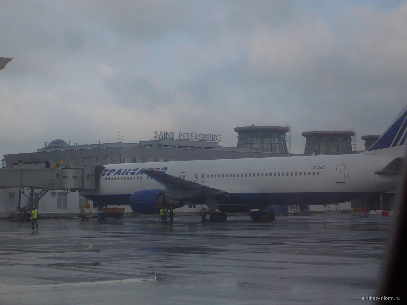 В аэропорту Санкт-Петербург Пулково