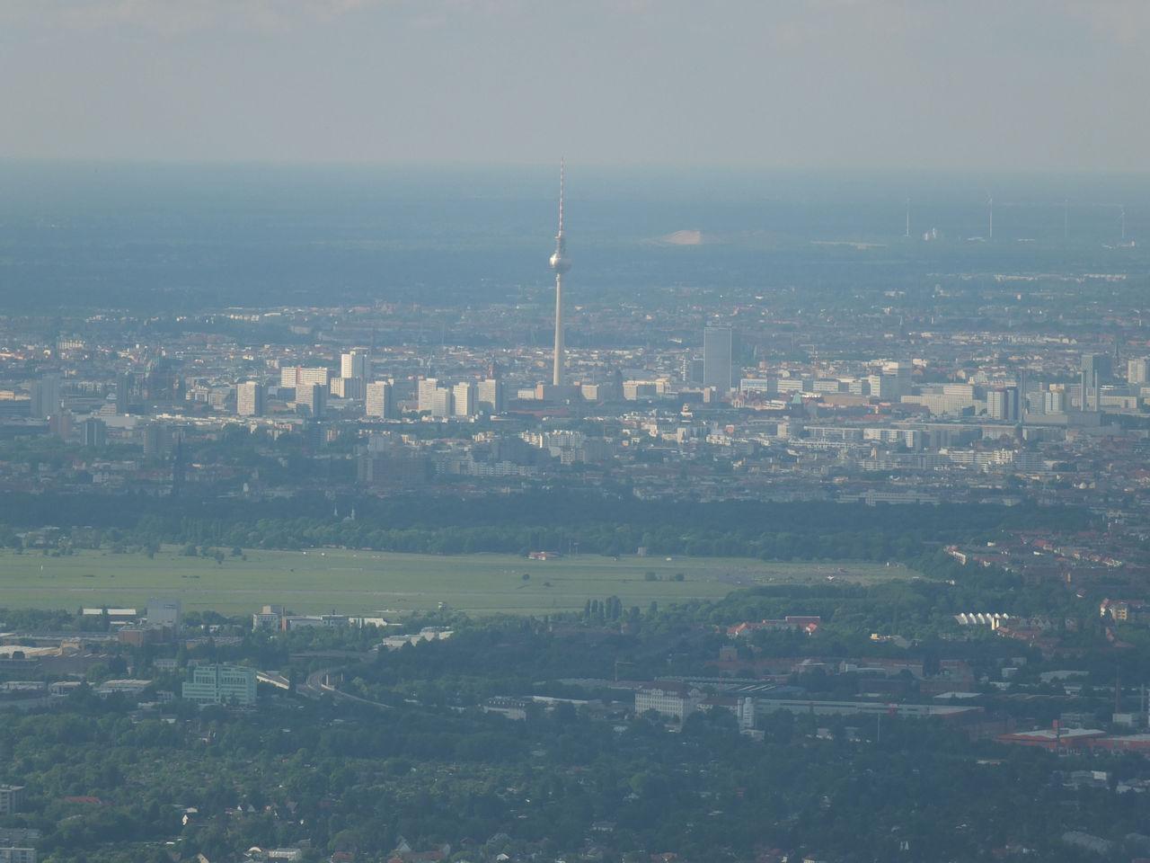 Вид на центр Берлина из самолета