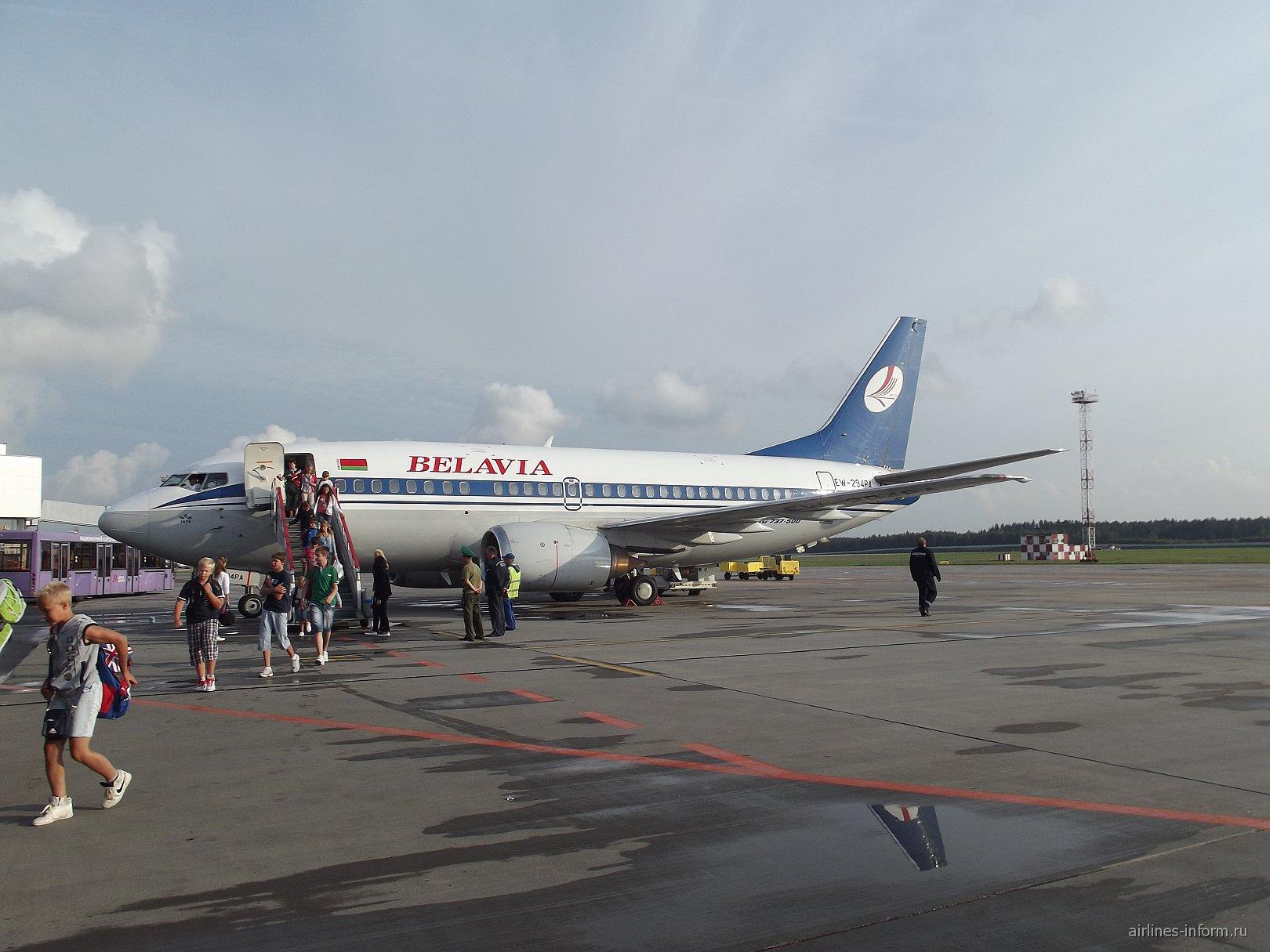 Боинг-737-500 Белавиа в аэропорту Милана
