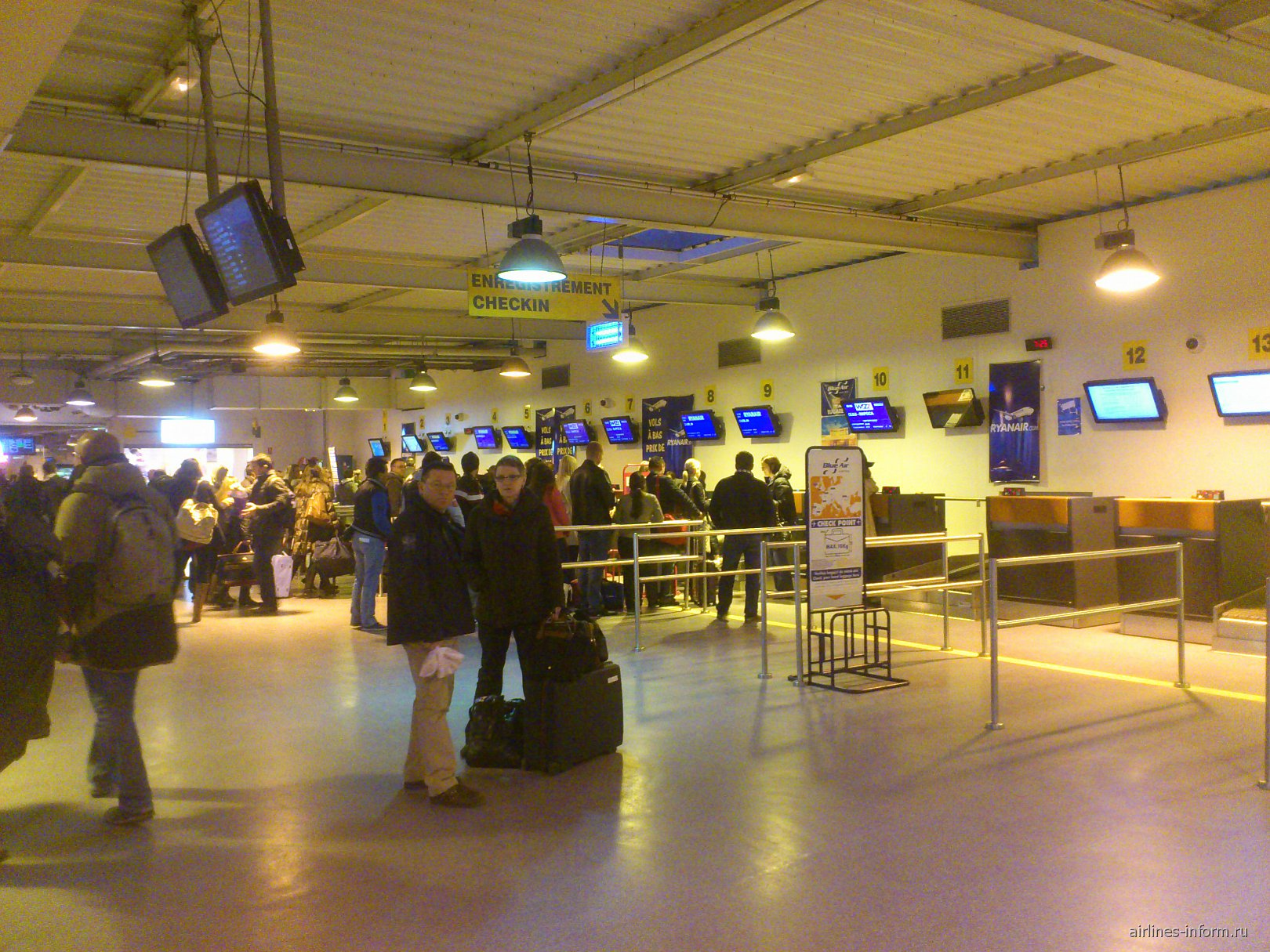 Стойки регистрации в аэропорту Париж Бове