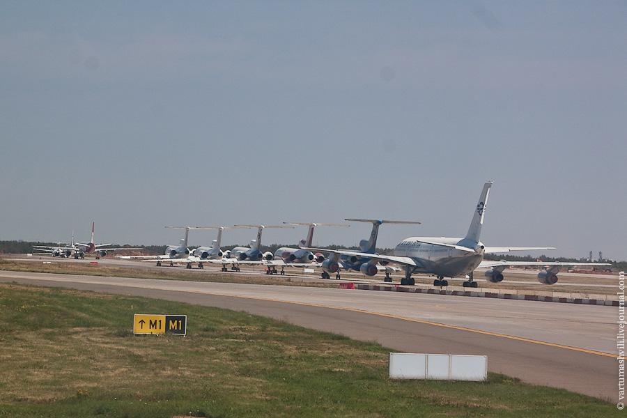 Советские самолеты в аэропорту Внуково