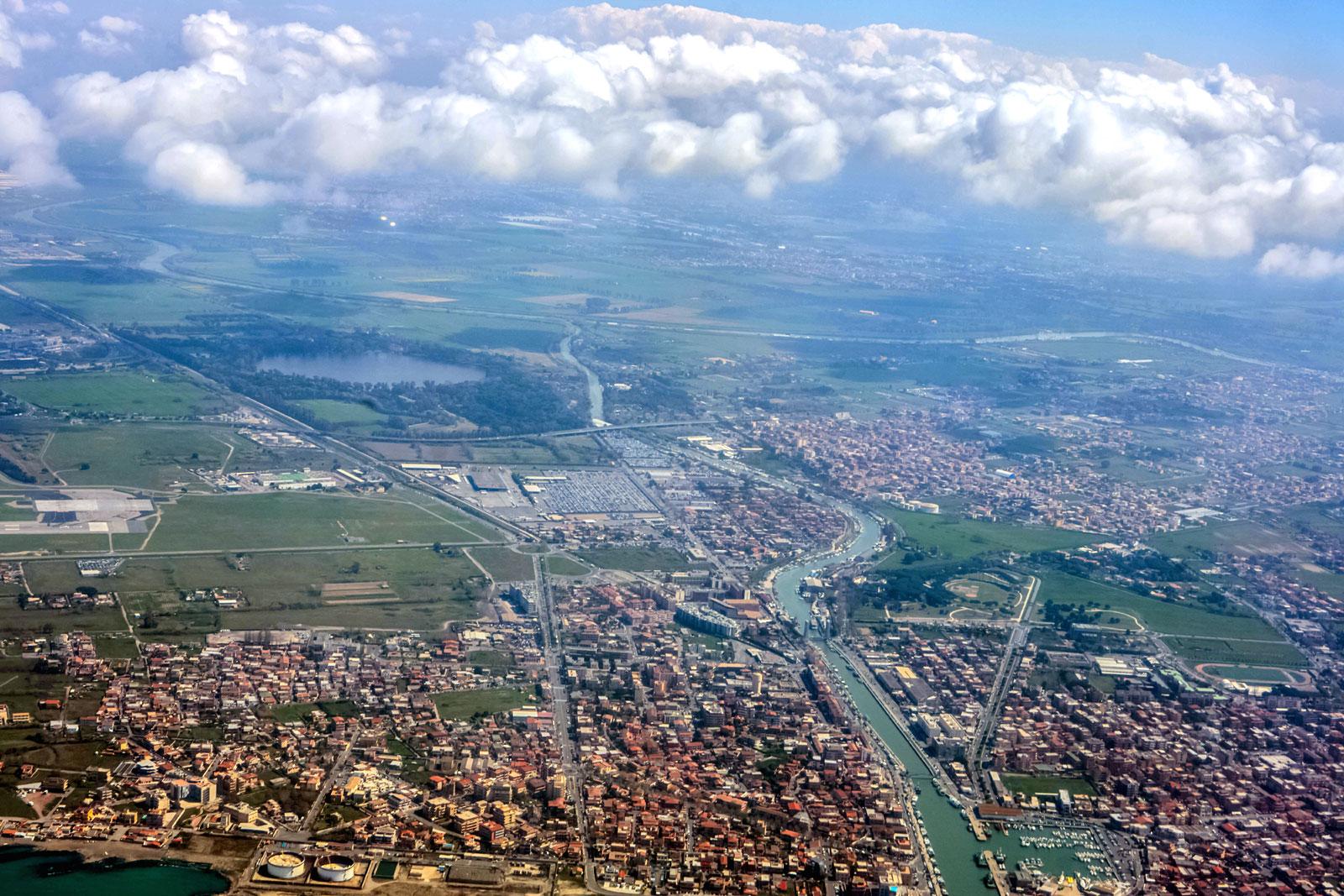 Город Фьюмичино в Италии