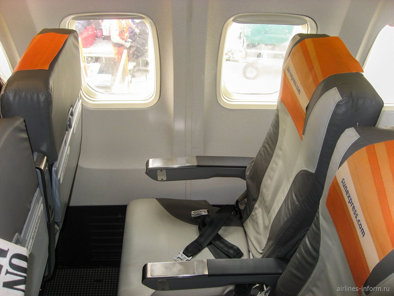 Пассажирское место в Боинге-737-800 авиакомпании SunExpress Germany