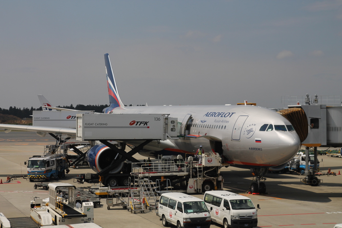 Airbus A330-300 Аэрофлота в аэропорту Токио Нарита