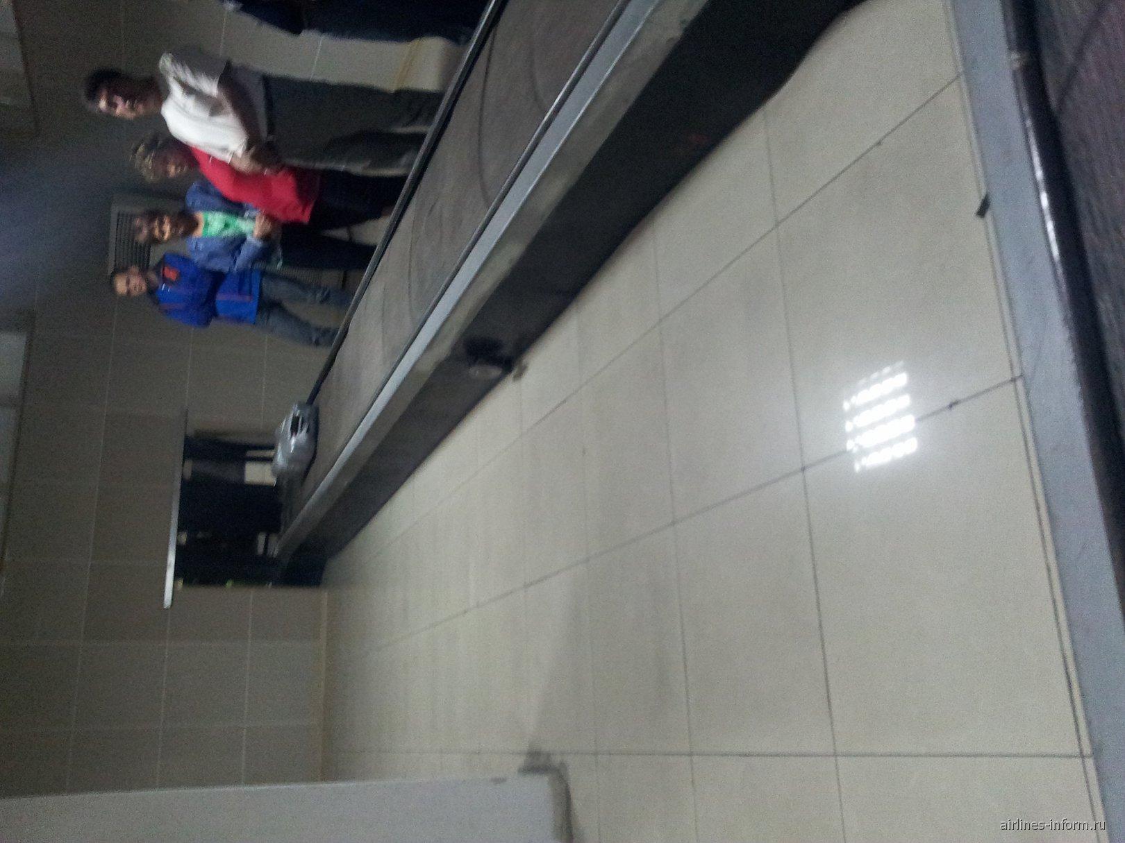 В аэропорту Шымкент